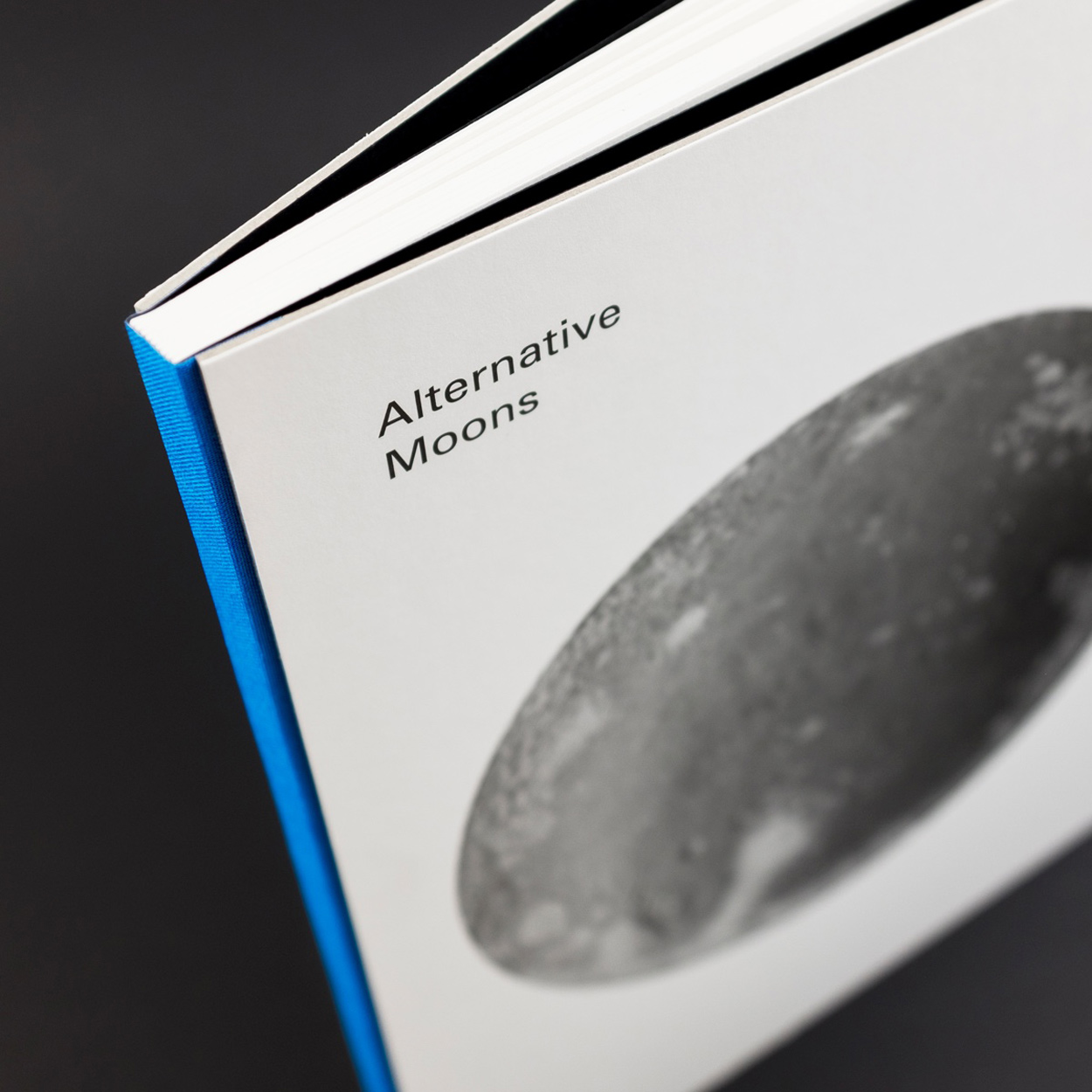 Alternative Moons by Nadine Schlieper and Robert Pufleb, Photo: The Eriskay Connection
